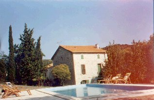Maison avec piscine - House with pool