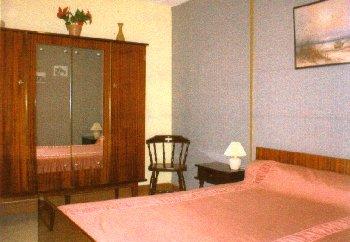 appartement bar ges pr s de lourdes pyr n es. Black Bedroom Furniture Sets. Home Design Ideas