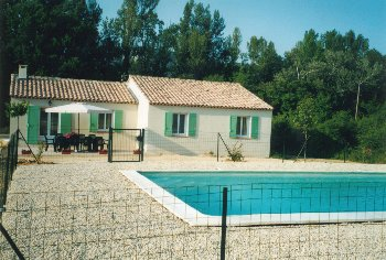 location villa st martin de castillon vaucluse. Black Bedroom Furniture Sets. Home Design Ideas