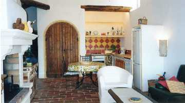 maison taillade cavaillon vaucluse provence. Black Bedroom Furniture Sets. Home Design Ideas