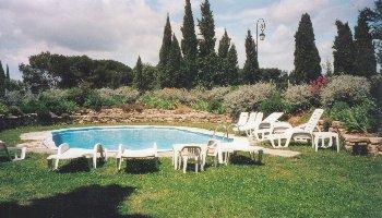 locations vacances chateauneuf de gadagne avignon vaucluse provence. Black Bedroom Furniture Sets. Home Design Ideas